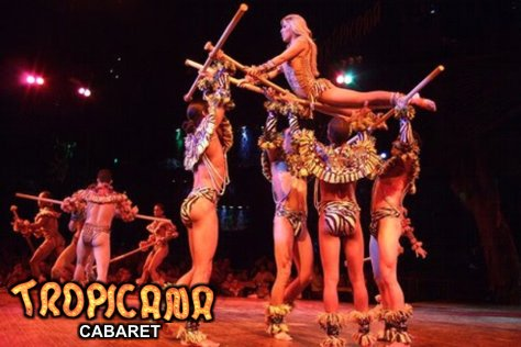 Cabaret Tropicana: Entrance and Dinner